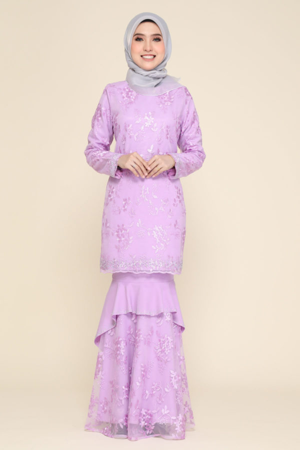 Dress Careena Dusty Purple (no cape)