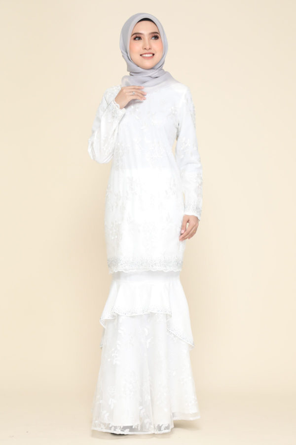 Dress Careena White (no cape)