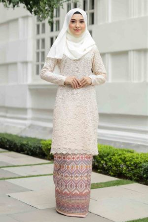 Kurung Batik Aqeela Cream