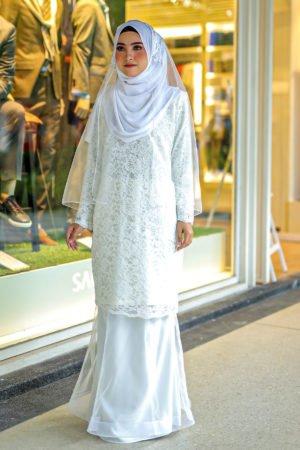 Kurung Deena Off White