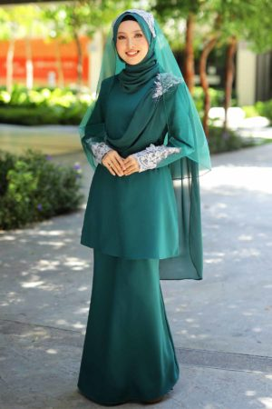 Kurung Seri Emerald Green