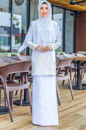 Kurung Raudhah White
