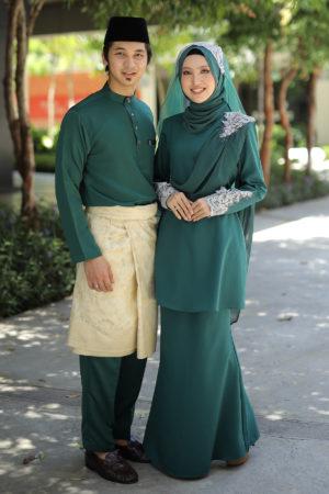 Set Couple Seri Emerald Green (7 ITEM – Termasuk Percuma Songkok)