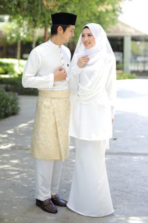 Set Couple Seri Off White (7 ITEM – Termasuk Percuma Songkok)