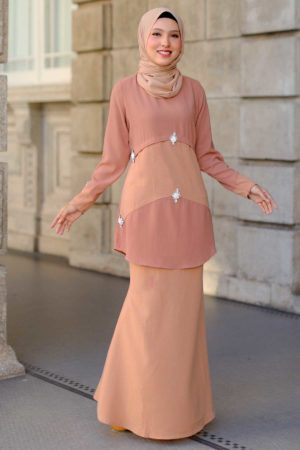 Kurung Camelia Brown