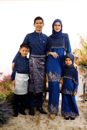 SET FAMILY SEROJA NAVY BLUE