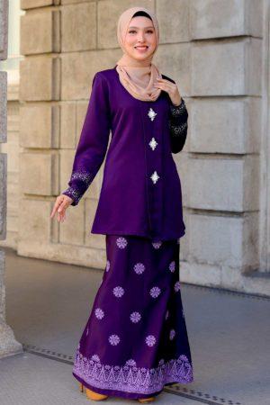 Kebaya Sareema Dark Purple