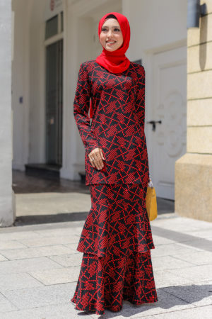 Kurung Eryna Black + Red