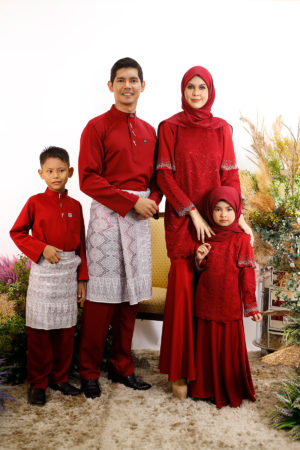 SET FAMILY TYARA MAROON