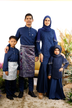 SET FAMILY TYARA NAVY BLUE